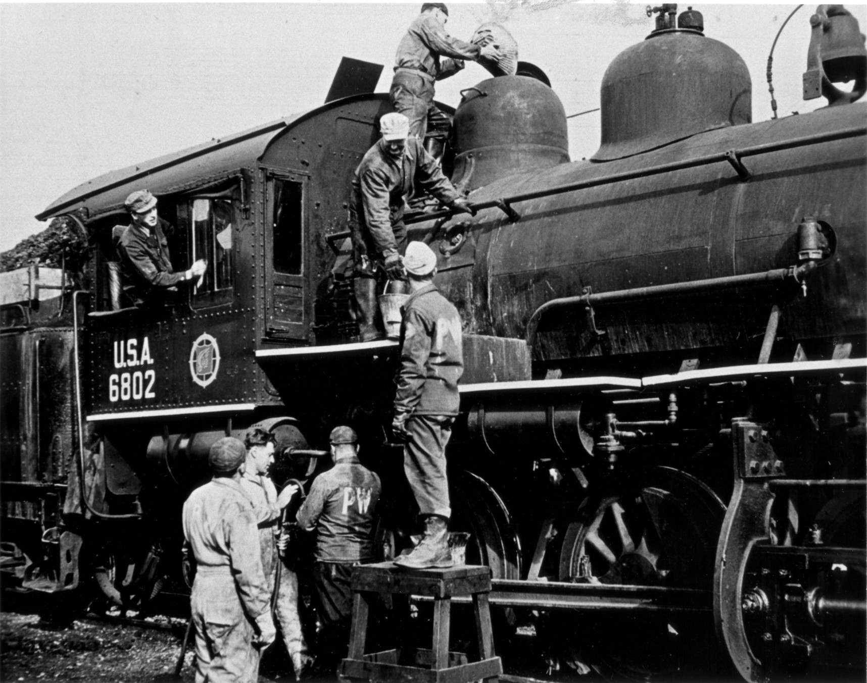 Italian POWs and Locomotive